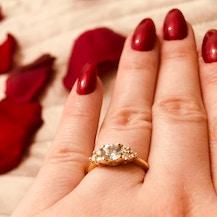 Pierścionek Fairytale: białe złoto, czarny diament