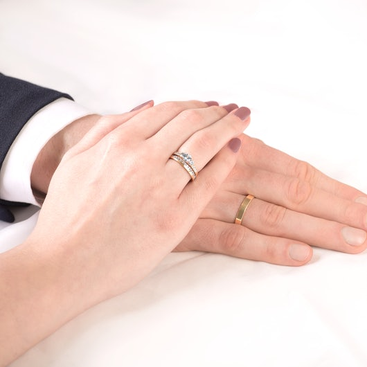Dream Collection | Wedding Rings: gold, white sapphire, classic, 3 mm
