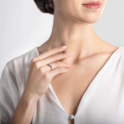 Zásnubní prsten Dream: zlatý, bílý safír