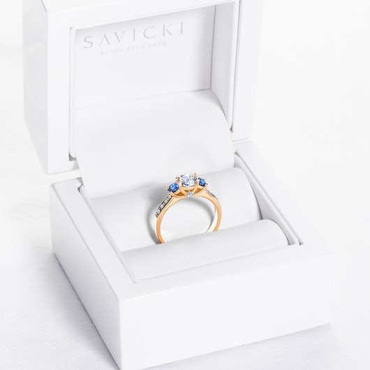 Dream Collection | Three-Stone Engagement Ring: gold, white sapphire
