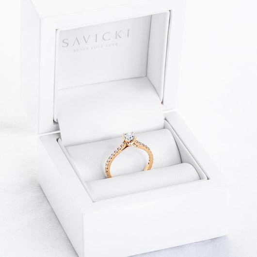 Zásnubný prsteň Share Your Love: zlatý, biely zafír