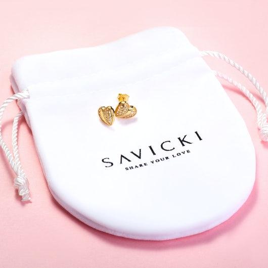 Kolczyki serca Savicki: srebrne pozłacane, cyrkonie