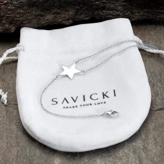 Bransoletka celebrytka gwiazdki Savicki: srebrna