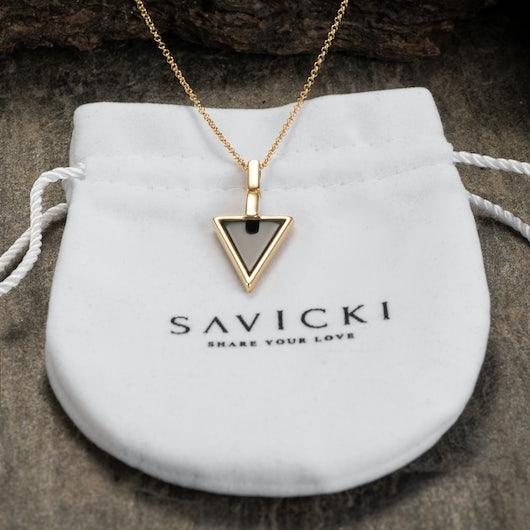 Naszyjnik Savicki: srebrny pozłacany, onyks