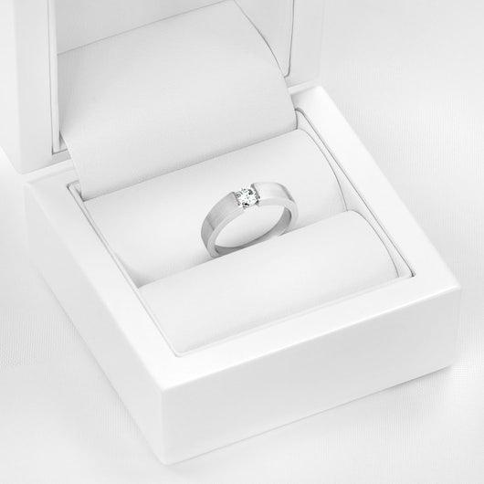 Pierścionek Platinium: platyna, diament