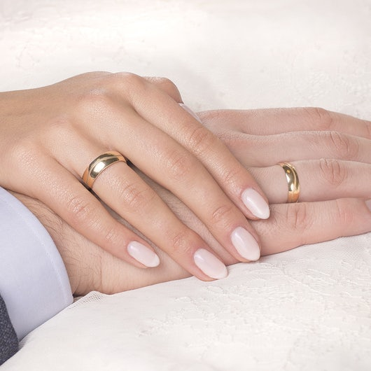 Obrączki ślubne: złote, okrągłe, 6 mm