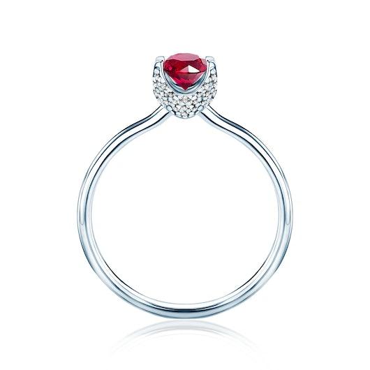 Pierścionek zaręczynowy SAVICKI: białe złoto, rubin